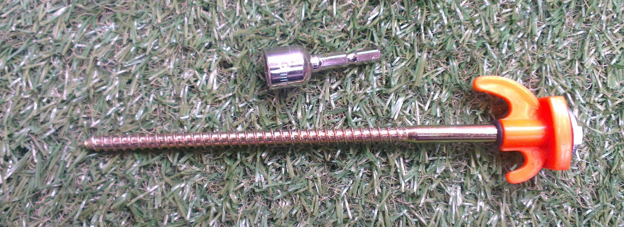 "8"" Steel Screw in Pegs"